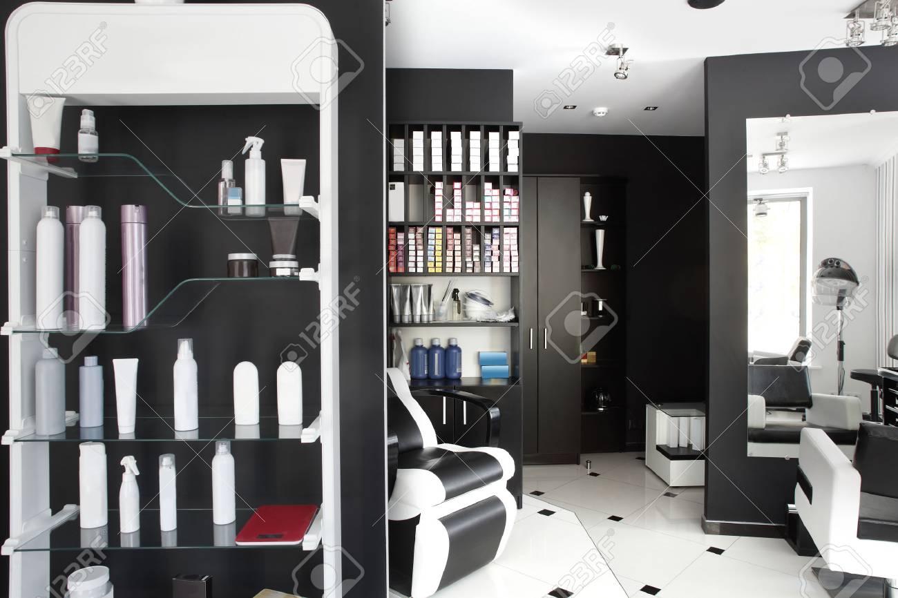 brand new interior of european beauty salon - 30333295