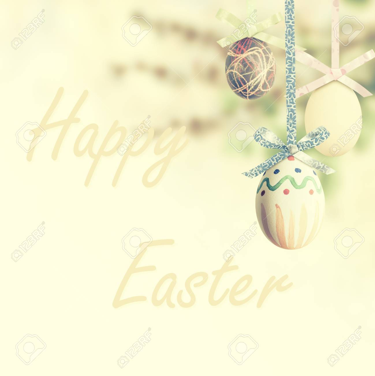 Happy Easter holiday vintage background with eggs