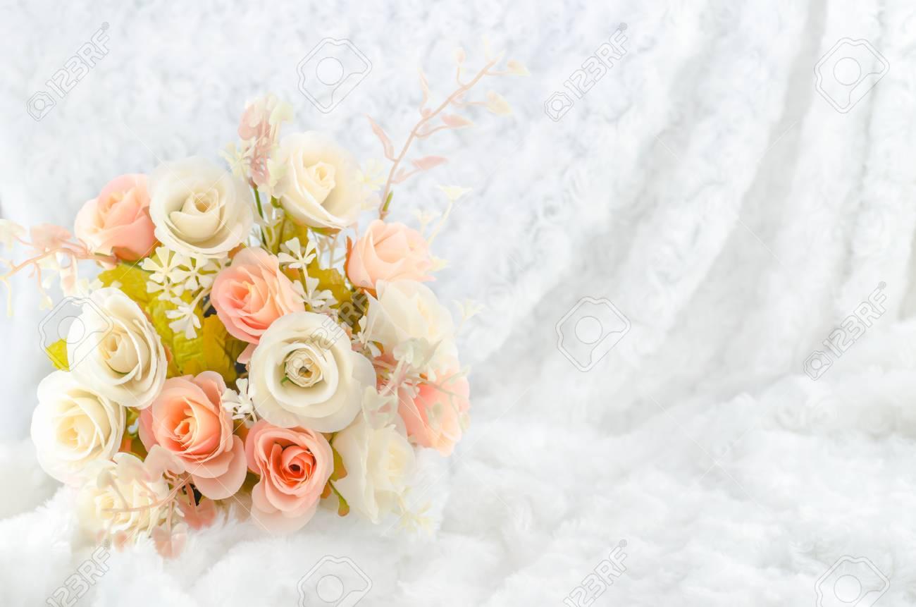 Pastell Kunstliche Rosa Rosen Blumen Hochzeit Brautstrauss Auf Weissem