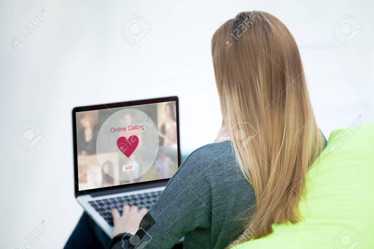 Was sagen Sie einer Frau auf einer Dating-Website