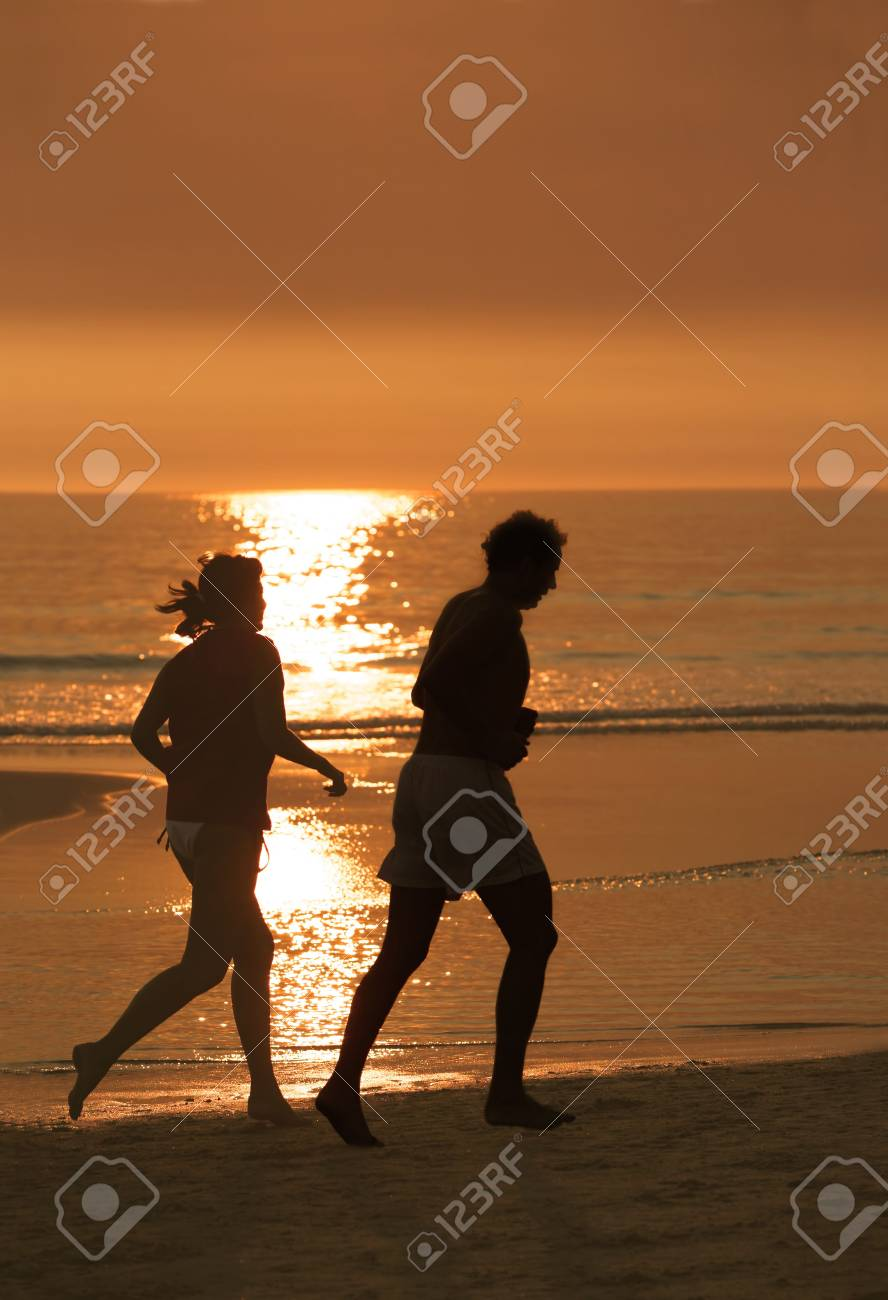 couple running in the beach Stock Photo - 939095