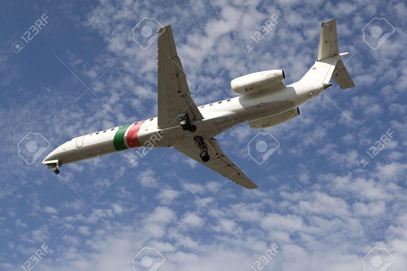 airplane preparing the landing Stock Photo - 1327640