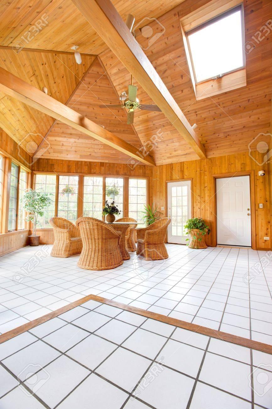 Wooden Wand So Zimmereinrichtung Mit Natural Korbmöbel ...