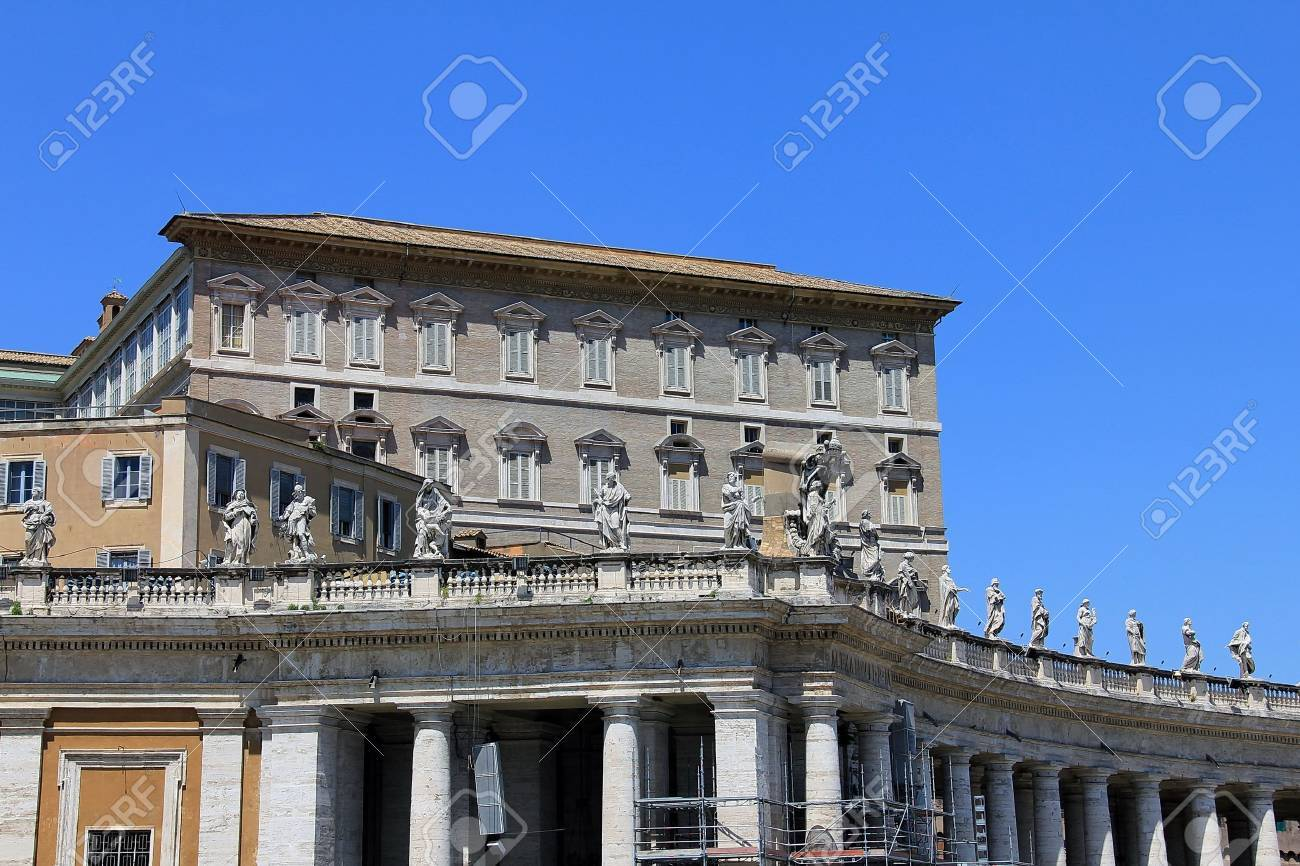 Apostolic Palace, Pope s residense and windows  The Pope usually delivers his speech on the second window to the right on the top floor Stock Photo - 15490669