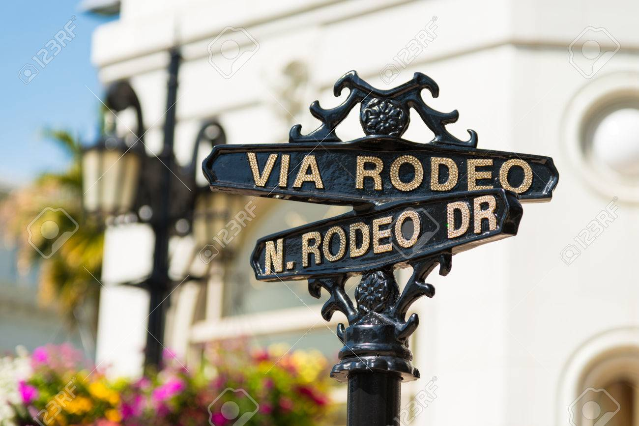 Rodeo Drive cross street signs - 27831745