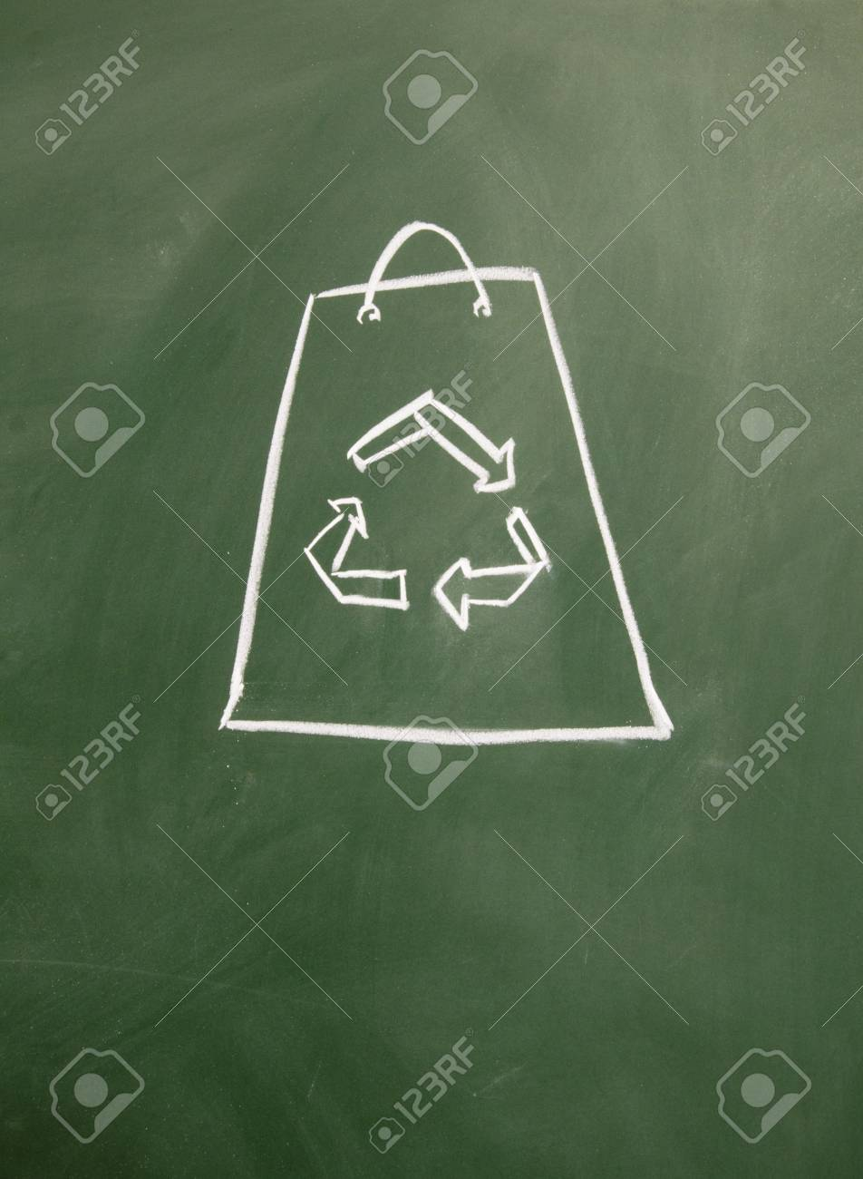 Reusable shopping bags drawn with chalk on blackboard Stock Photo - 12049295