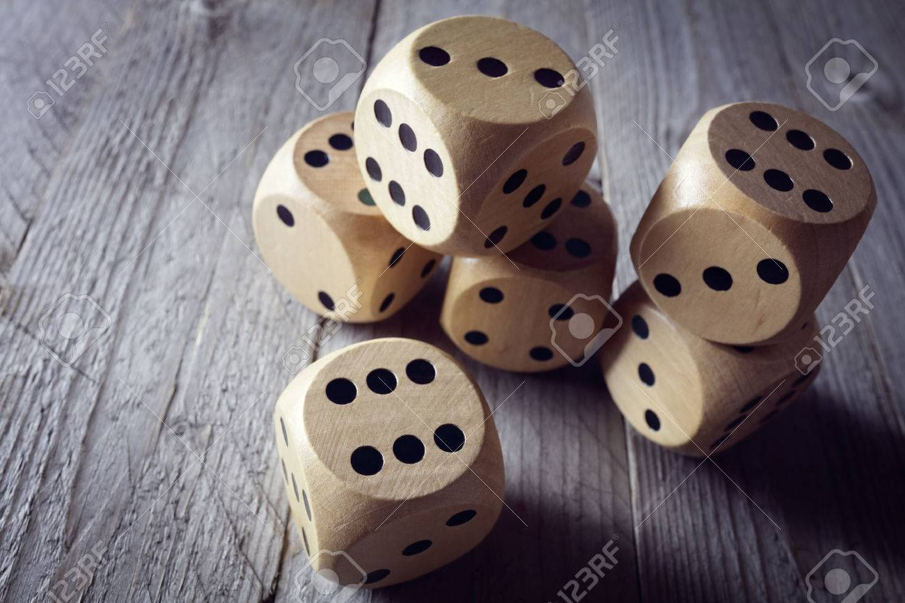 Rolling the dice concept for business risk, chance, good luck or gambling Standard-Bild - 54427906