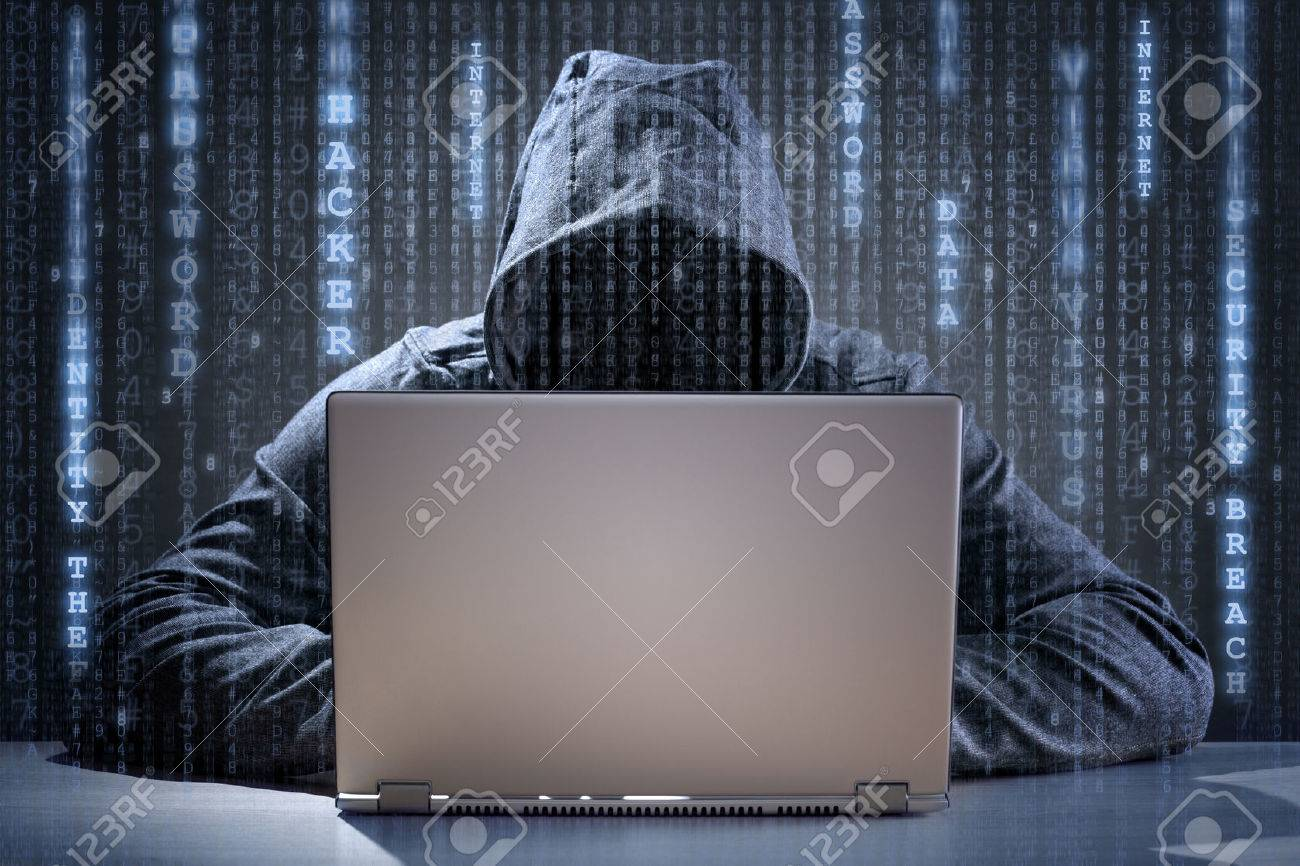 Computer hacker stealing data from a laptop concept for network security, identity theft and computer crime Standard-Bild - 54427911