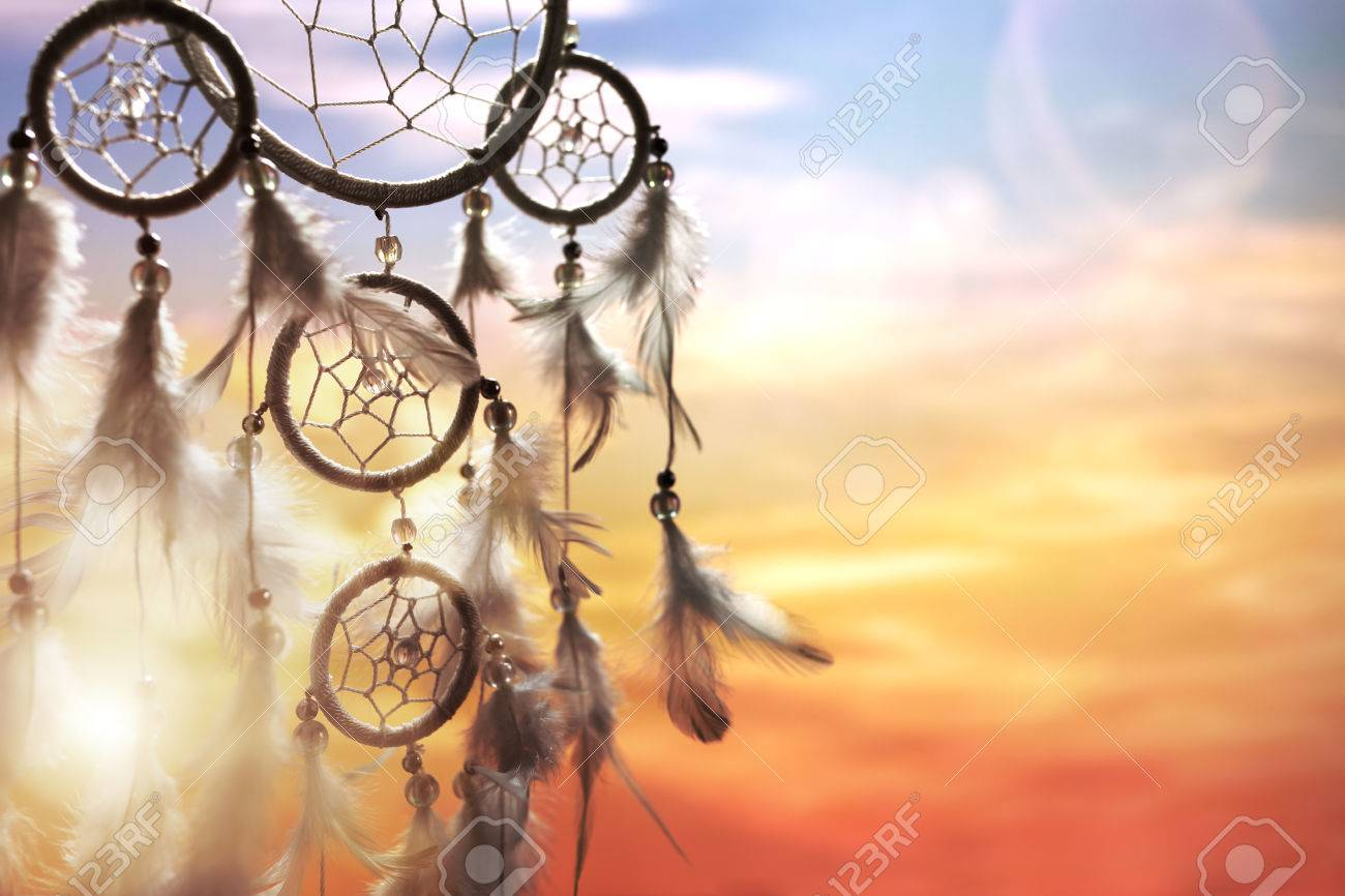Dreamcatcher at sunset with copy space - 80025282