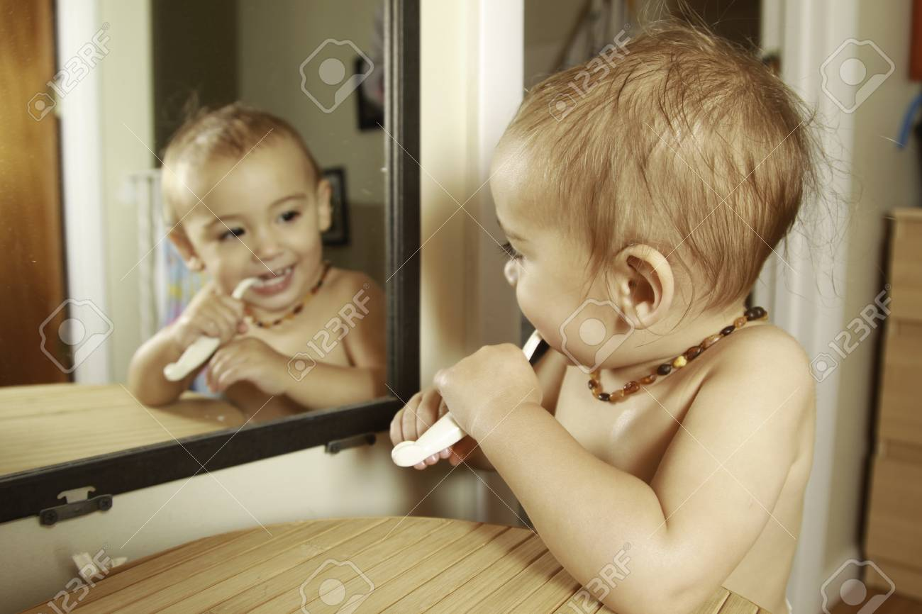 meisje op meisje in douche