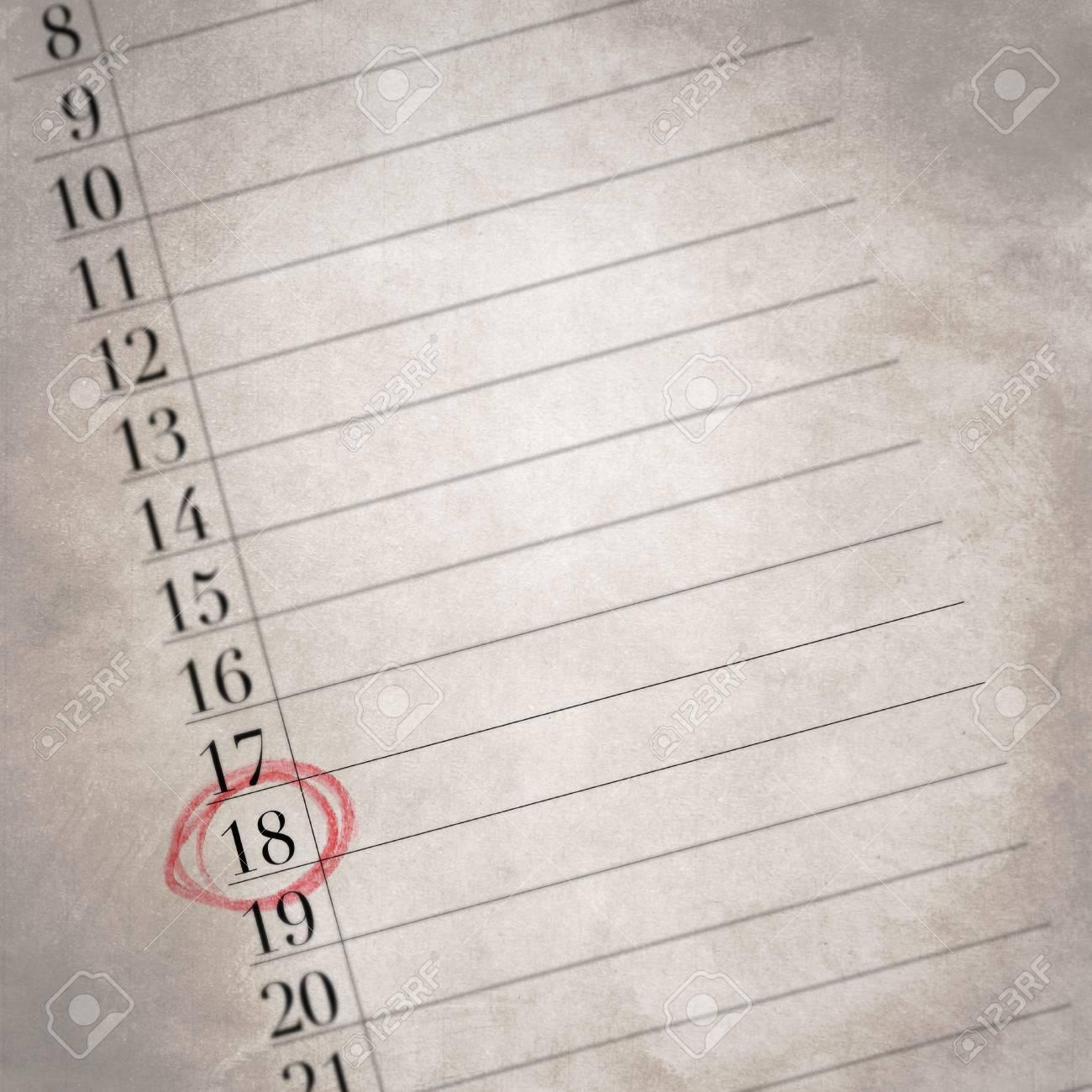 Calendario Con Numero Giorni.Diciotto E Il Numero In Questo Calendario Con Una Vecchia Trama Concentrarsi Su Un Giorno Del Mese