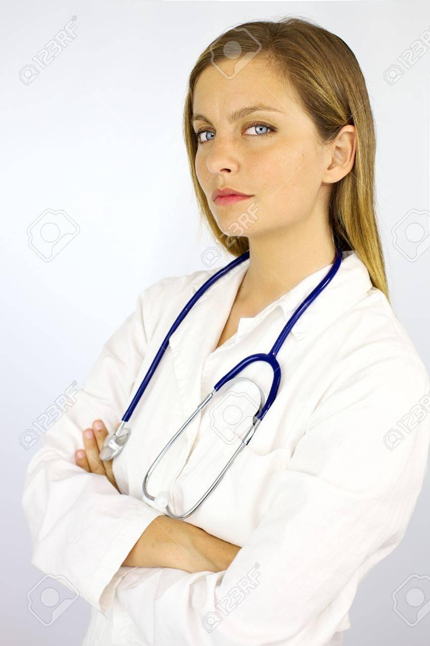 cherche docteur femme)