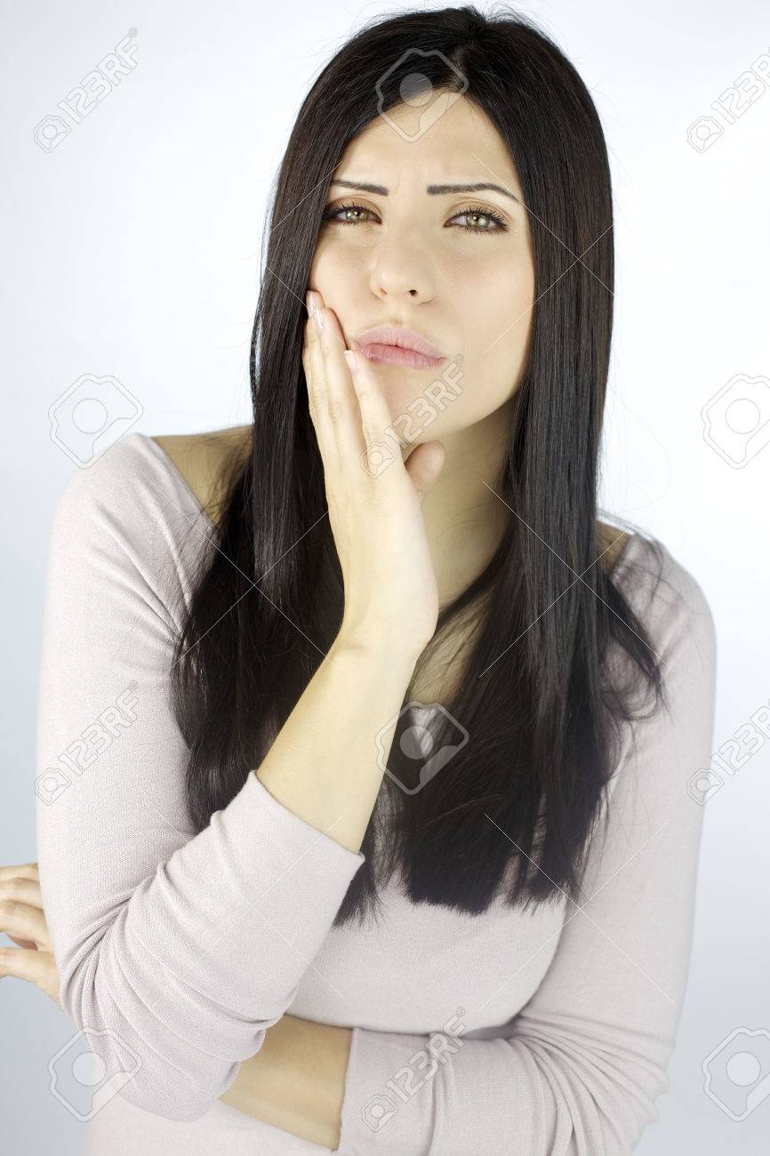 Beautiful lady suffering teetth problem Stock Photo - 25242502