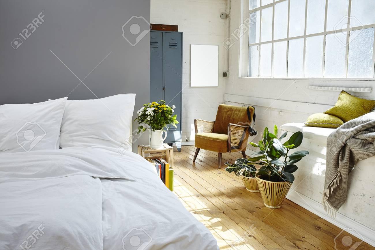 Chambre Vintage Chambre Matinée Loft Industriel Banque D\'Images Et ...