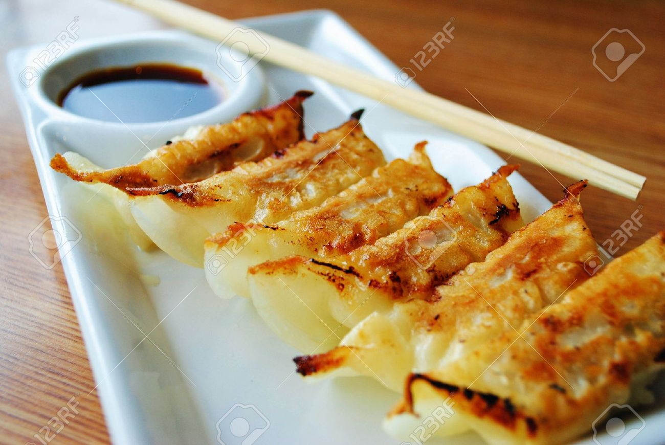 gyoza on white plate Stock Photo - 11224087