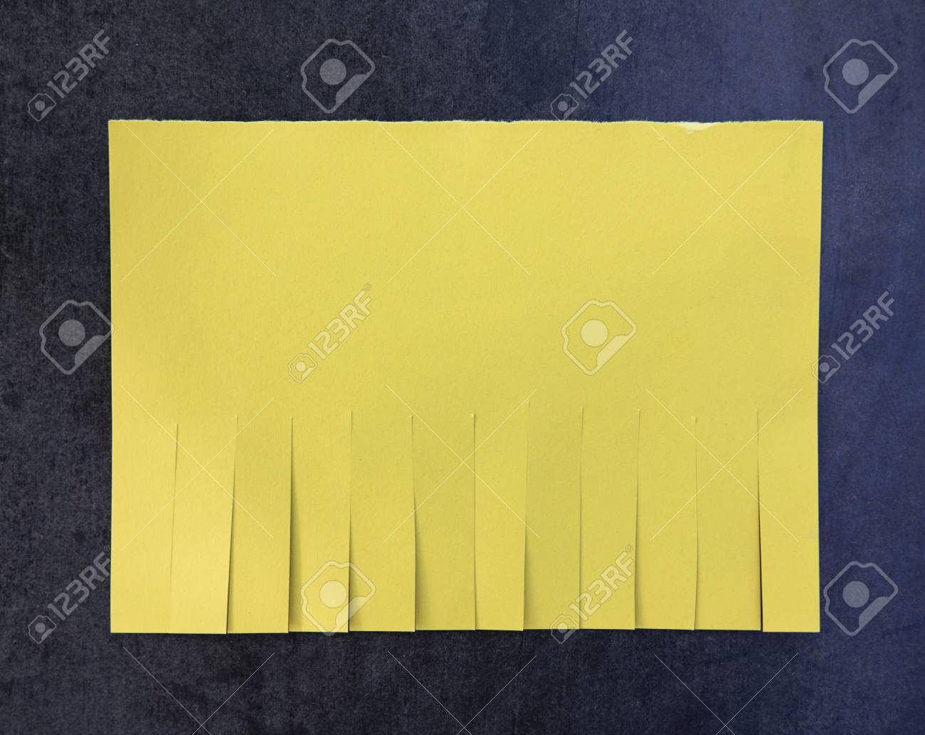 blank yellow paper with tear off tabs ロイヤリティーフリーフォト