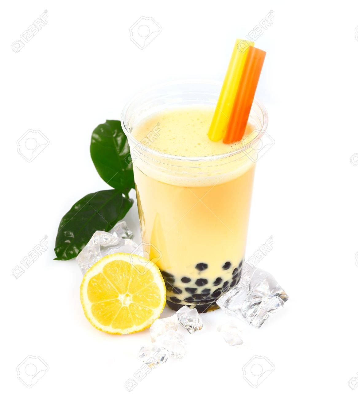 Lemon Boba Bubble Tea with fruits and crushed ice Stock Photo - 14167999