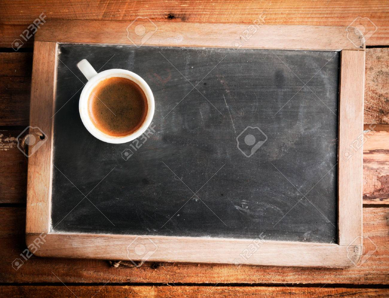 Vista Superior De Una Taza De Café En Una Vieja Pizarra De La ...