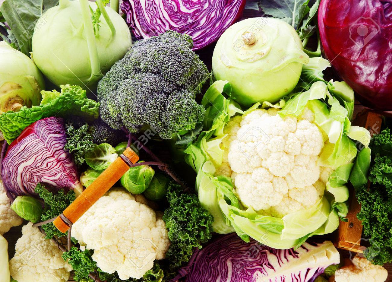 Contexte De Frais Et Sains Legumes Cruciferes Avec Brioccoli Chou