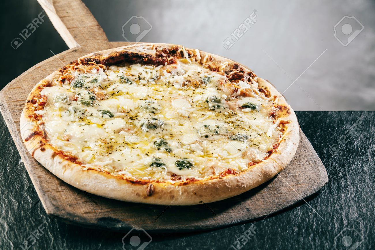 cheese pizza nude