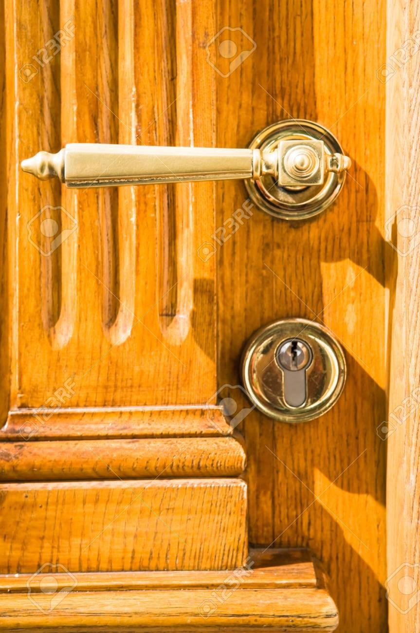 Genial Banque Du0027images   Poignée De Porte Ancienne à Une Porte Du0027entrée