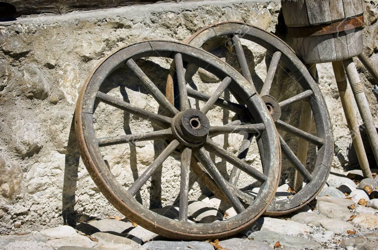 Old Wagon Wheels At A Farm Stock Photo   24718879
