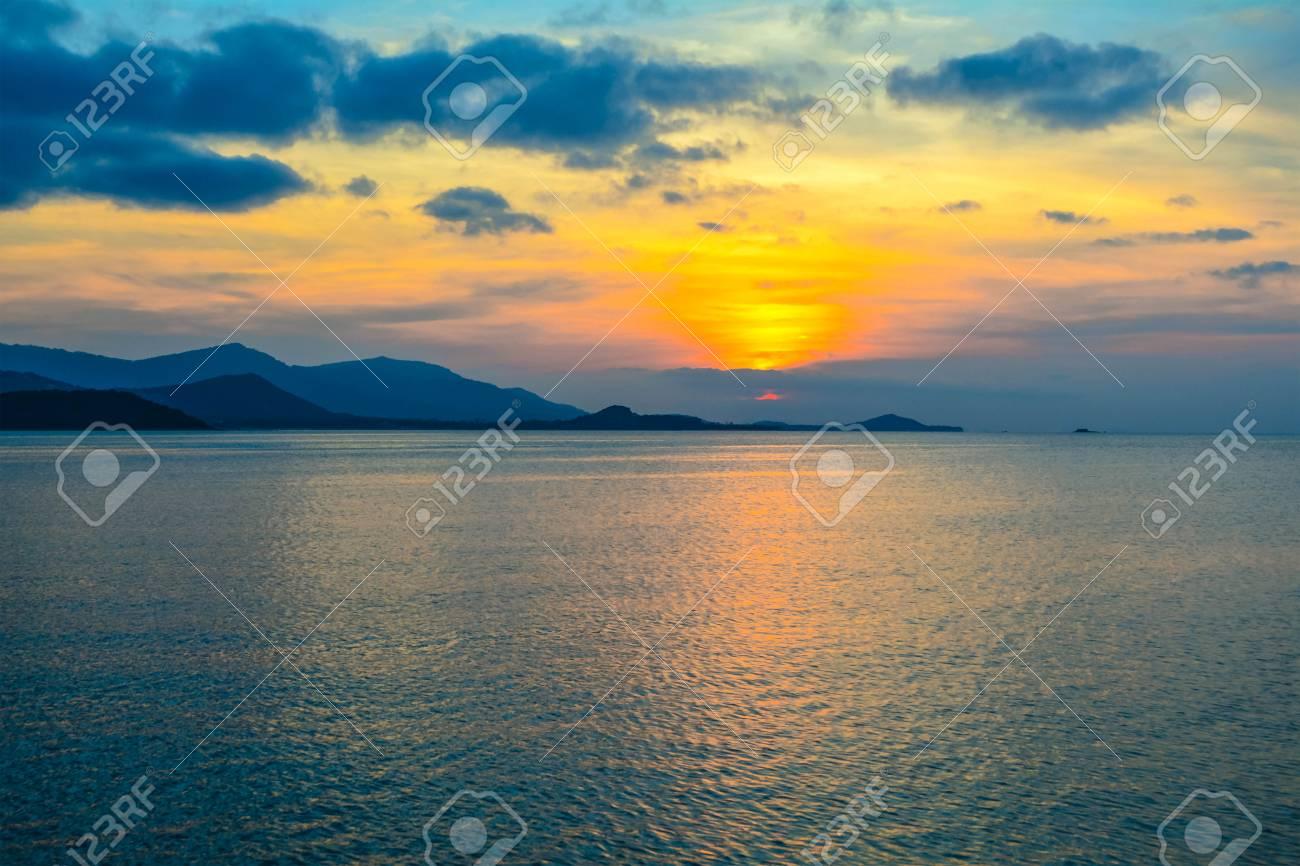 Beautiful Sunset Wallpaper Background At The Sea Koh Samui Surat