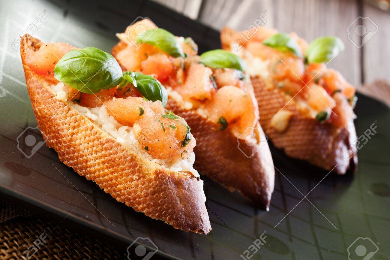 Bruschetta with mozzarella and tomato Stock Photo - 20334083