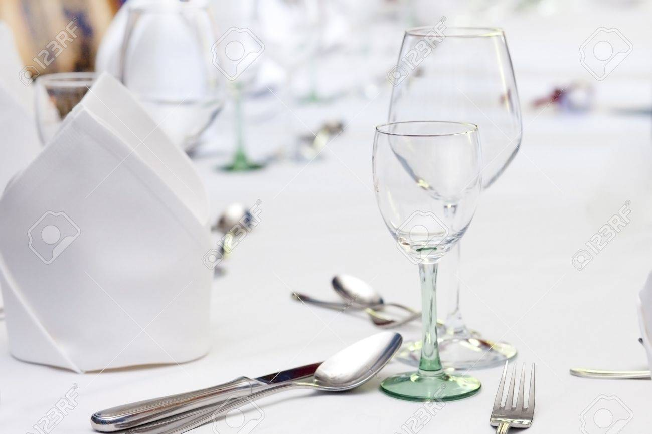 Stock Photo - wine glasses and cutlery table setting  sc 1 st  123RF.com & Wine Glasses And Cutlery Table Setting Stock Photo Picture And ...