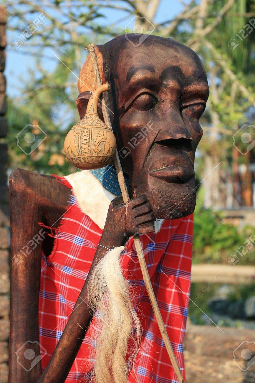 Male African wood carvings Stock Photo - 8701897