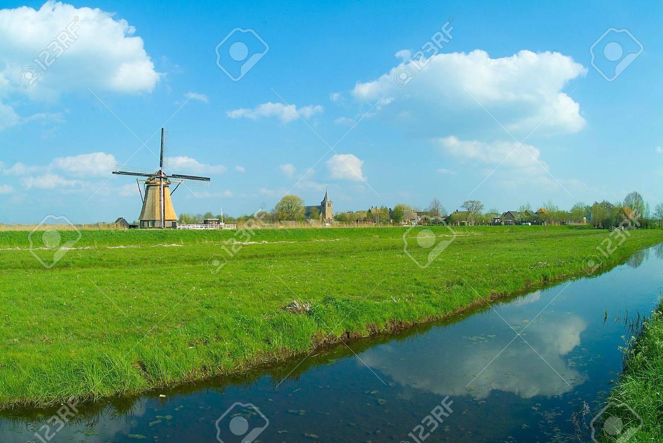 windmill on blue sky Stock Photo - 634121