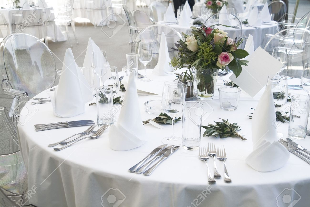 a ceremonial decorated dinner table in white Stock Photo - 1366975