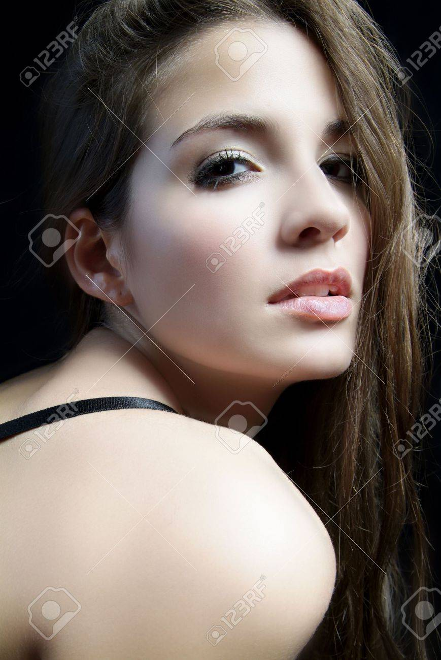 an erotic woman with long brown hair and shoulder Stock Photo - 2005434