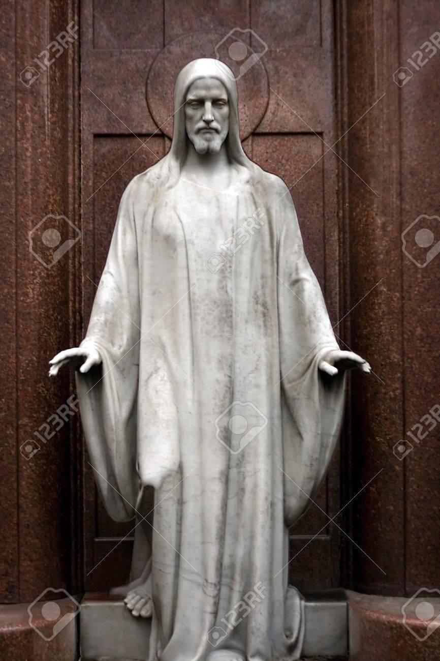 Jesus statue Stock Photo - 12416853