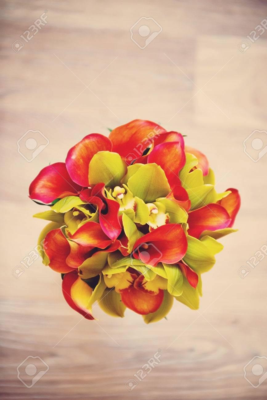 Hochzeitsstrauss Von Orangefarbenen Calla Lilien Der Blick Von Oben