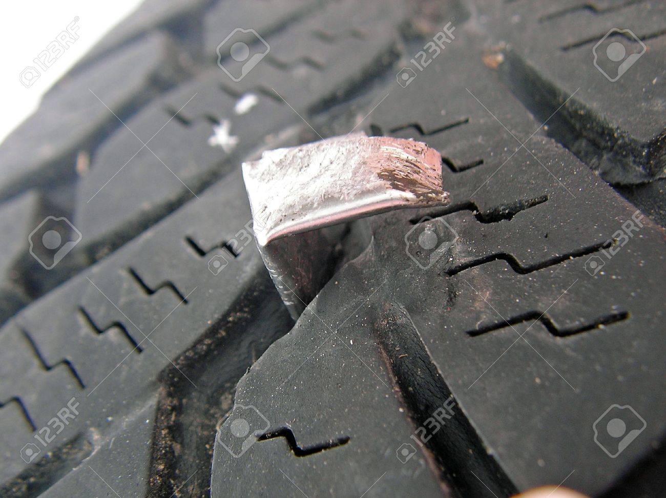 broken tires Stock Photo - 6572738
