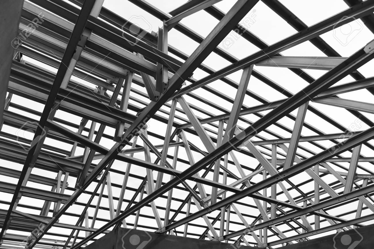 Schwarz-Weiß-Foto, Struktur Aus Stahl Für Den Bau Dachrahmen ...