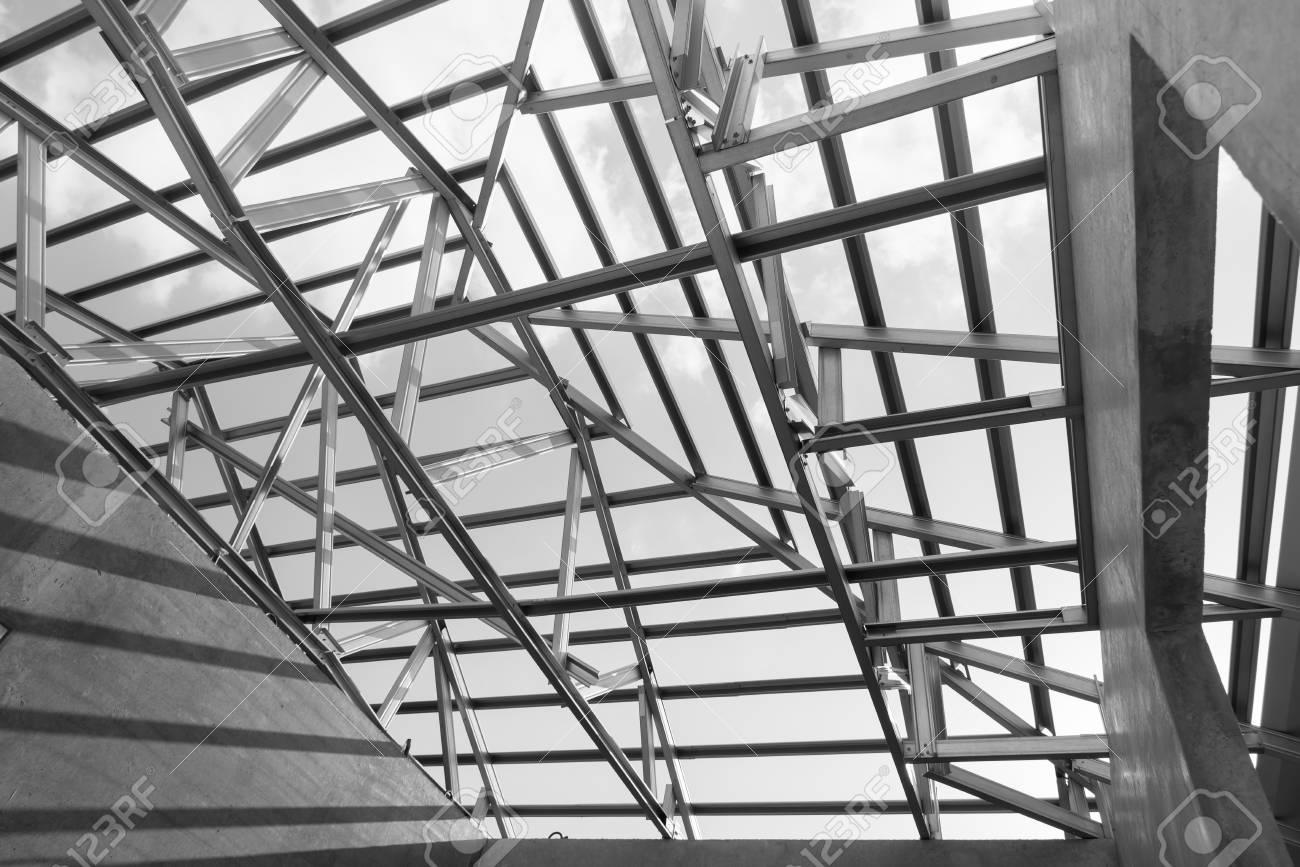 Schwarz-Weiß-Foto, Struktur Der Dachrahmen Stahl Für Vorteil Dieser ...