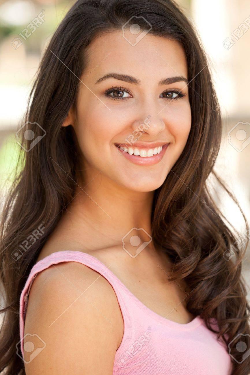 Beautiful Young Woman Outdoor Fashion Stock Photo - 9576391