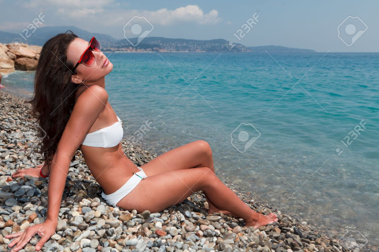 Beautiful young woman on the French Riviera Stock Photo - 13121750