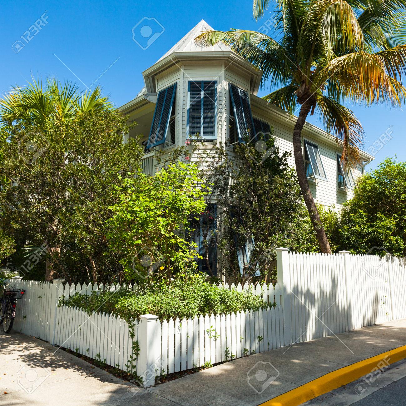 Key West, Florida USA - 2. März 2015: Ein Holzrahmenhaus Der Schön ...