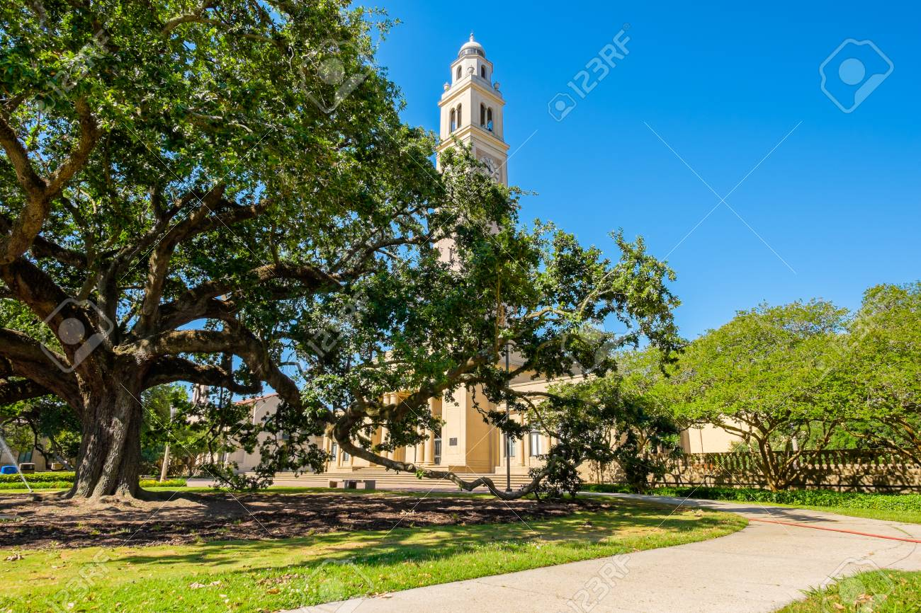 BATON ROUGE, LOUISIANA USA - MAY 5,2014: The 175 foot Memorial Tower, or Campanile, located on the Louisiana State University campus was erected in 1923 is a memorial to Louisianans who died in World War I. - 51490185