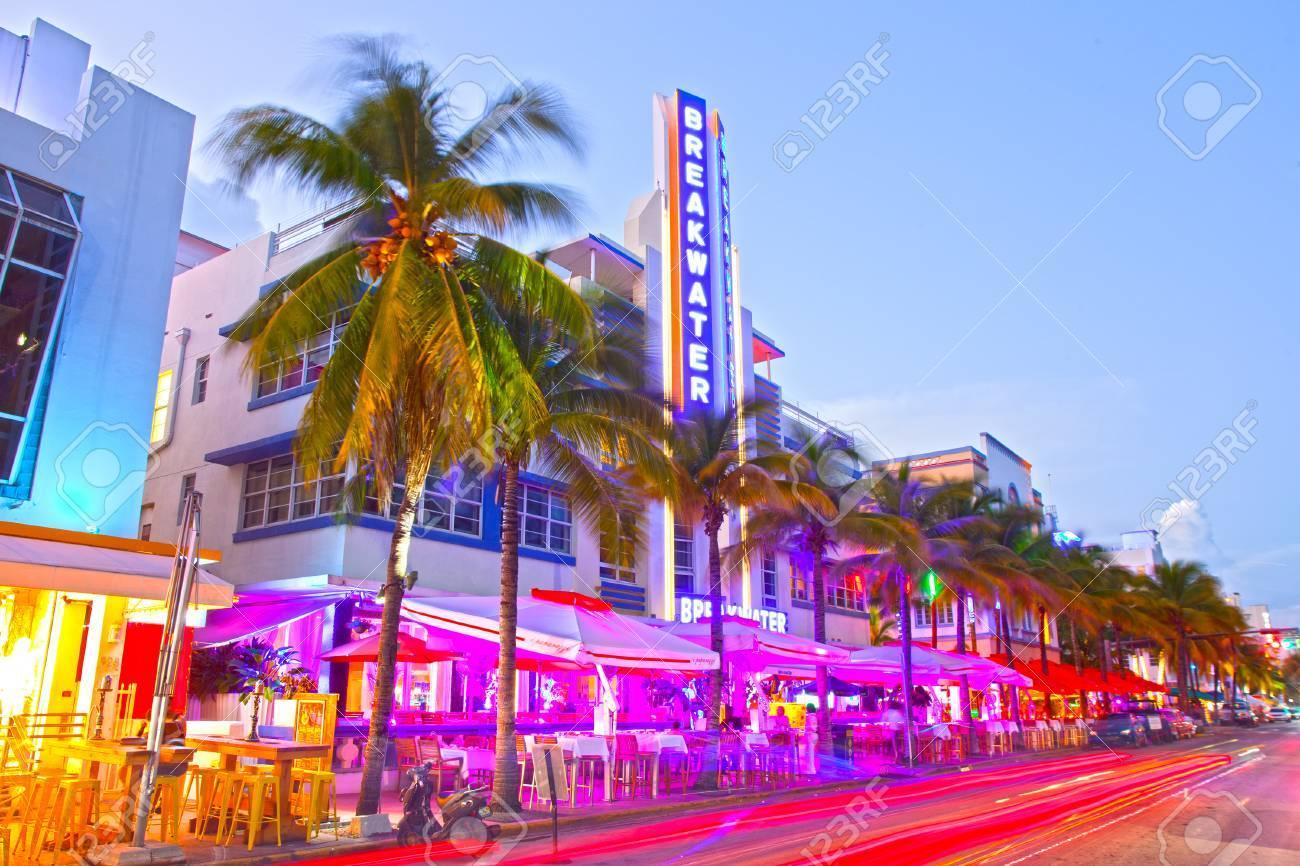 Miami Beach Florida Usa November 10 2015 Moving Traffic Illuminated