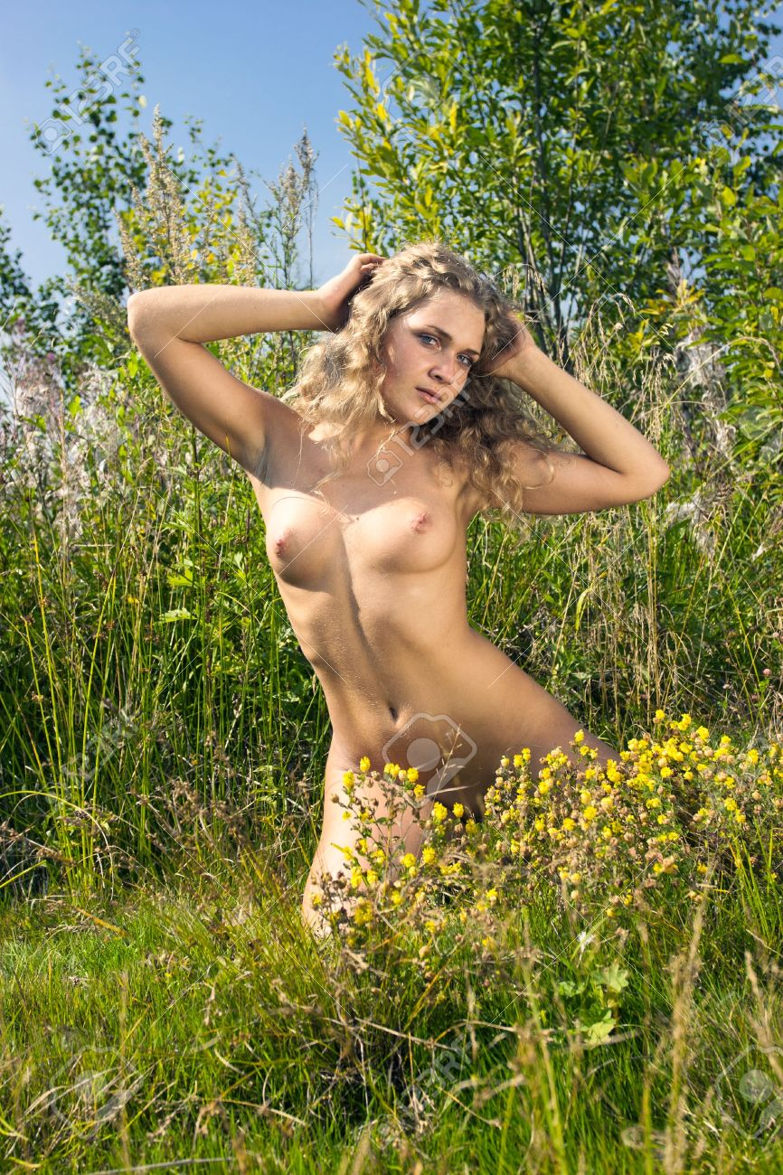 Naked women in thepark images