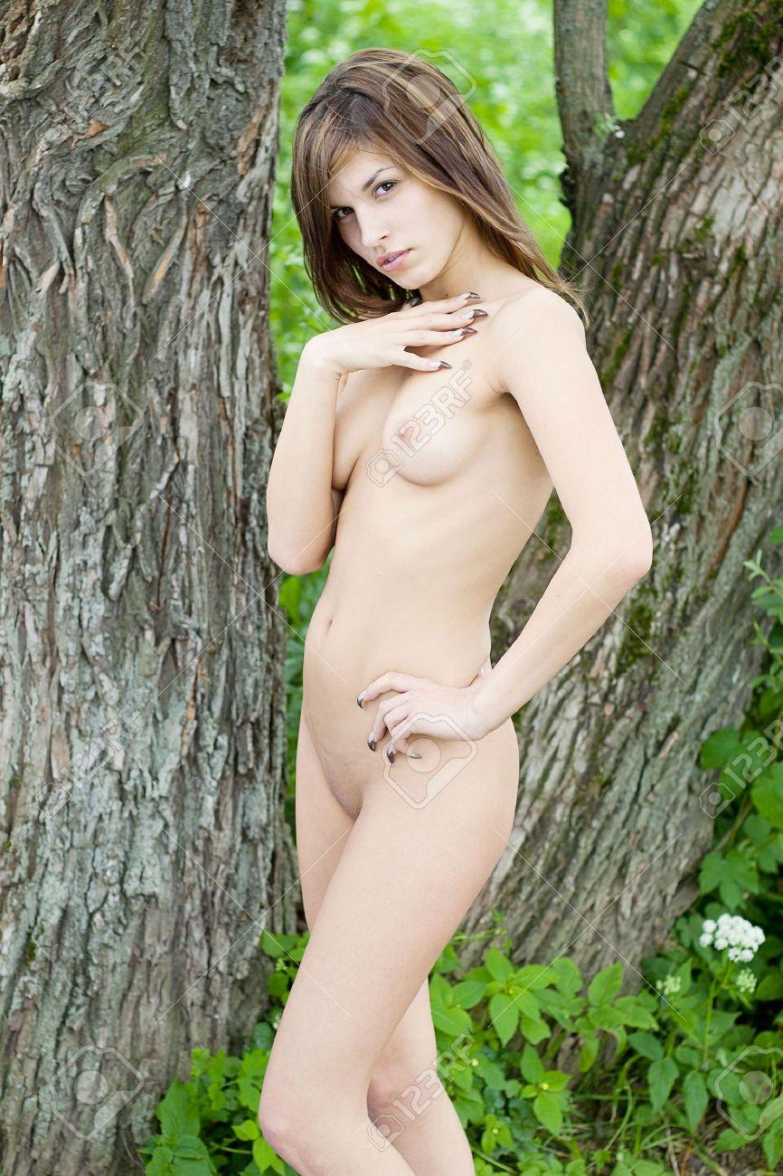 nackt jung und schön