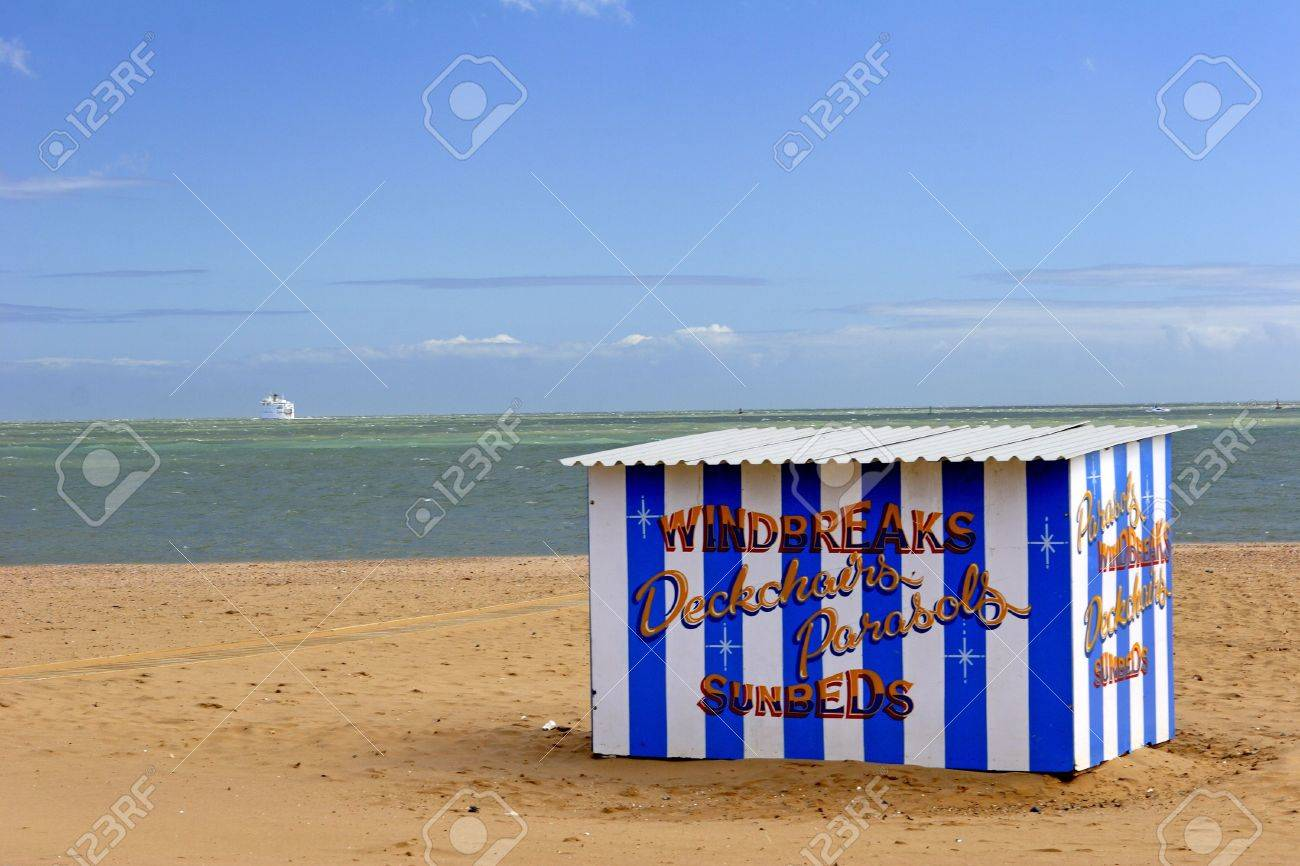hut on the beach Stock Photo - 438627