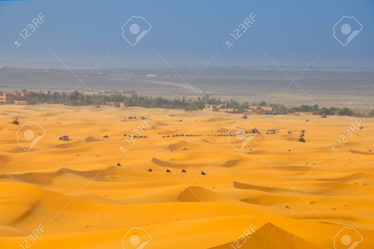 Image of: Stock Sand Dunes In The Sahara Desert Group Of Travelers Goes On Dune Crest 123rfcom Sand Dunes In The Sahara Desert Group Of Travelers Goes On