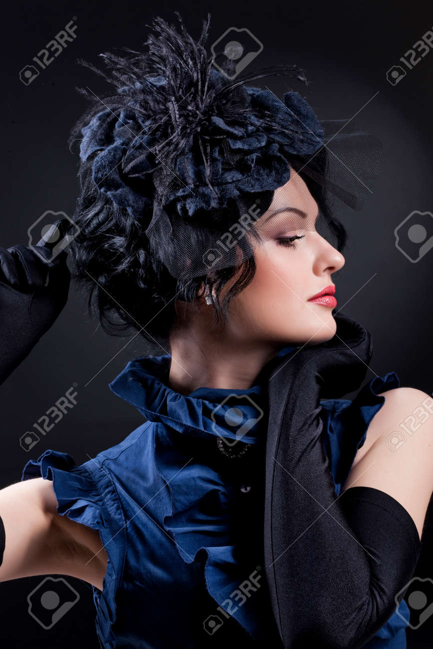 Young attractive woman on isolated background - 159850546