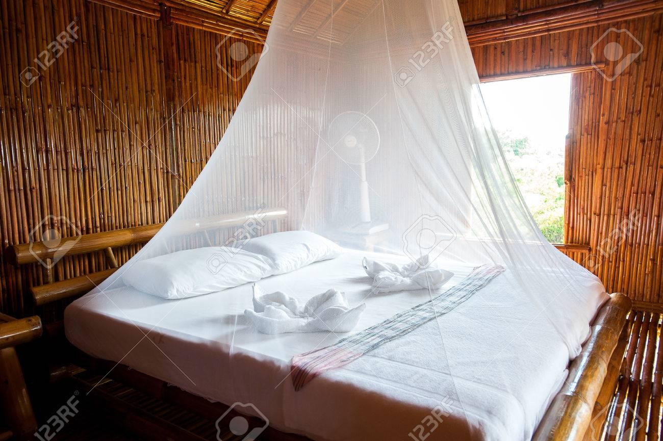 Letto Baldacchino Bambu.Camera Da Letto In Stile Rurale Con Letto A Baldacchino Bambu Decorato Molto Famosa Zona Turistica