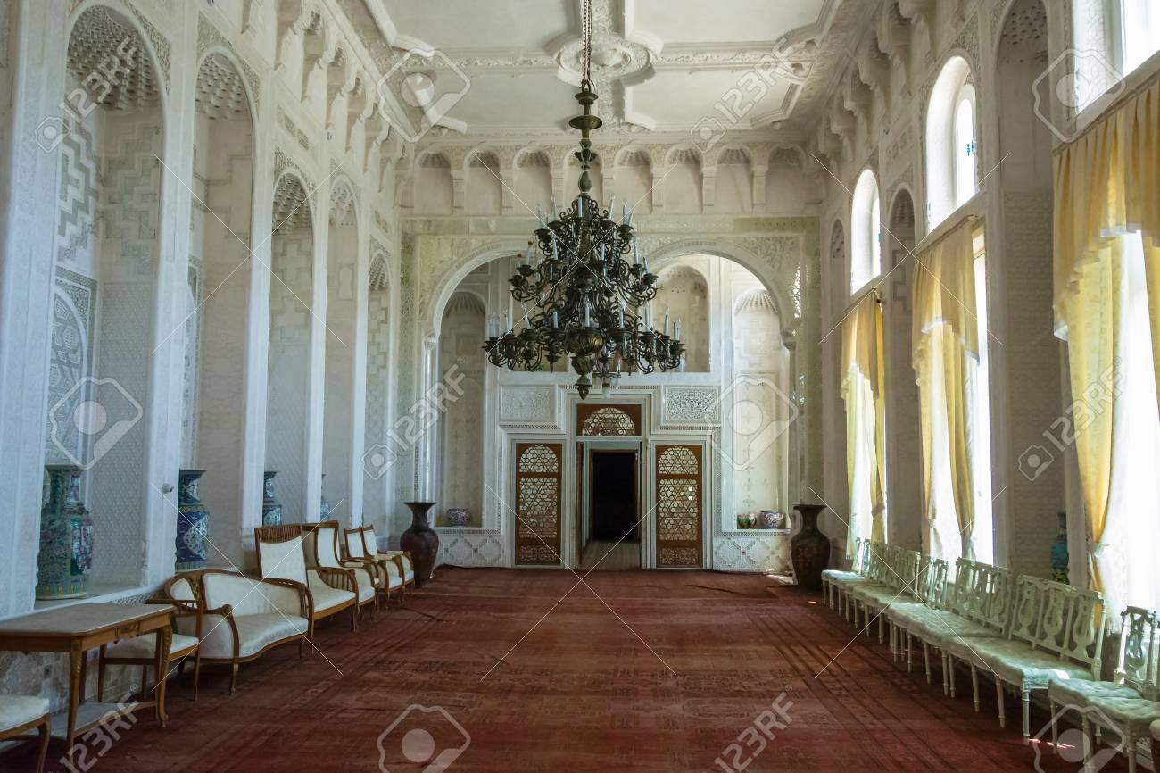 Incroyable Belle Chambre Blanche Dans La Résidence D\'été Du Dernier ...